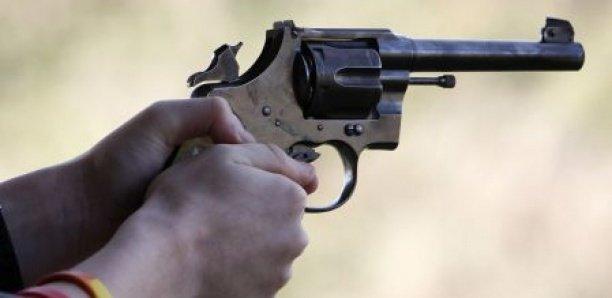 Horreur à Guédiawaye: Un laveur de voiture tue son ami en manipulant maladroitement une arme à feu