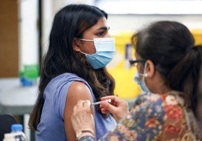Covid-19 dans le monde : le variant Delta est 60 % plus contagieux que son prédécesseur, selon les autorités sanitaires britanniques