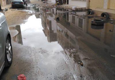 Envahis par les eaux usées, Patte d'Oie Builders et Cité des impôts et domaines crient leur ras le bol