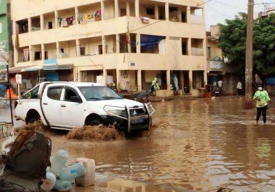 Pluies sur Dakar: routes coupées,circulation bouchée, les populations trinquent, déjà…