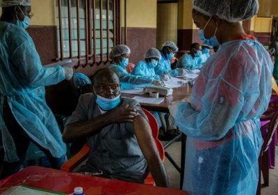 Ebola: une nouvelle piste sur l'origine de la récente épidémie en Guinée